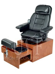 Looking for the perfect portable pedicure spa chair? The Pibbs Footsie Pedicure Spa does not require plumbing and features the Footsie Footbath which offers double heating elements and superior vibration. Black Pedicure, Pedicure At Home, Pedicure Designs, Manicure Y Pedicure, Nail Designs, Pedicure Ideas, Nail Spa, Spa Pedicure Chairs, Pedicure Chairs For Sale