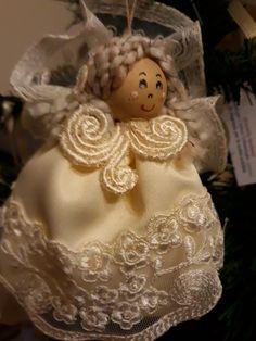 Handmade Angels, Christmas Ornaments, Holiday Decor, Angels, Boss, Christmas Jewelry, Christmas Decorations, Christmas Decor