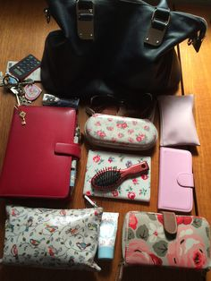 My bag contents right now!