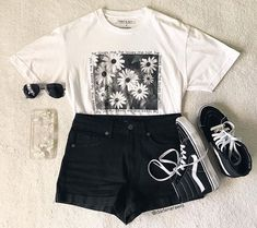 So simple yet so stylish on We Heart It Really Cute Outfits, Cute Teen Outfits, Cute Comfy Outfits, Teenager Outfits, Simple Outfits, Outfits For Teens, New Outfits, Pretty Outfits, Stylish Outfits