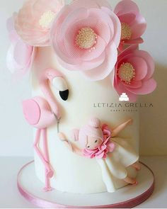 The most creative and beautifully hand crafted cake @letiziagrella