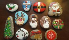 Stone Crafts, Rock Crafts, Christmas Crafts, Christmas Decorations, Arts And Crafts, Christmas Ornaments, Pebble Painting, Pebble Art, Stone Painting