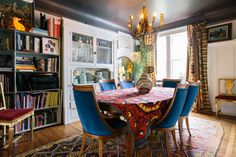 Those chairs! Digging the whole room : Heather & Dave's eclectic enclave : Apartment Therapy