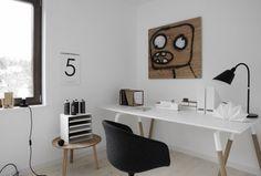 スウェーデンのストックホルムに事務所を構えるデザイナーのEVA LILJA LÖWENHIELM。彼女のデザインした家具はイケアでも多数手に入れることが出来ます。シンプルモダンで、どんな部屋にもすんなり馴染む、EVAのプロダクトとインテリアの世界をご紹介します。