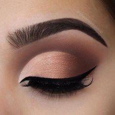 PerfectCrease - Eyeshadow Crease Stamper - Beauty makeup - Make Up Makeup Eye Looks, Eye Makeup Tips, Smokey Eye Makeup, Makeup Ideas, Makeup Tutorials, Makeup Hacks, Makeup Products, Brown Makeup, Easy Makeup