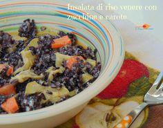 Insalata di riso venere con zucchine e carote