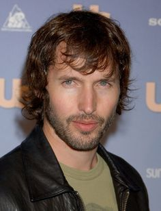 James Blunt......BEAUTIFUL PICTURE OF JIM........AND ONE OF MY FAVORITE SINGERS OF ALL TIME.