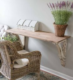 Vintage Farmhouse Decor This super easy DIY Corbel Table adds a ton of farmhouse charm to any space! See how you can easily create this look in three simple steps! Farmhouse Desk, Rustic Farmhouse, Farmhouse Style, Ikea Furniture, Furniture Makeover, Furniture Removal, End Table Makeover, Up House, Easy Home Decor