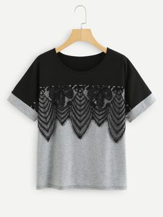 Tee-shirt à deux tons en dentelle -French SheIn(Sheinside)