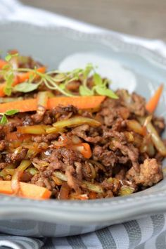 Meat Recipes, Dinner Recipes, Cooking Recipes, Healthy Recipes, Slow Food, 300 Calorie Lunches, Minced Meat Recipe, Recipe For Mom, Beef Dishes