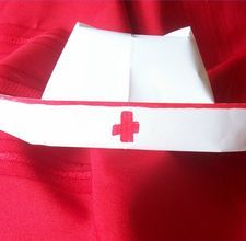 nurse hat craft for preschoolers how to make a nurses cap costume out of paper 863