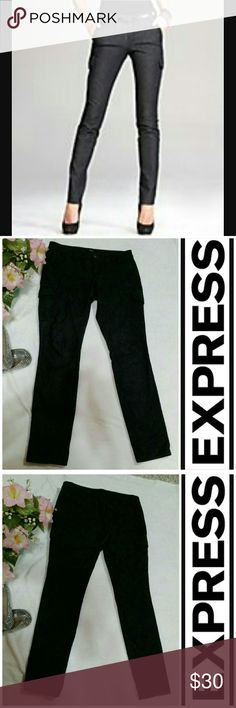 Express Dark Gray Cargo Jeans Size 10 Dark gray cargo jeans by Express. Color is very dark gray, almost black. Two awesome large cargo pockets on each leg. Size 10. Express Jeans