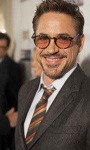 Robert Downey Jr - Lunor Celebrities With Glasses, Celebrity Glasses, Male Celebrities, Celebs, Tony And Pepper, I Robert, Celebrity Photography, Downey Junior, Raining Men