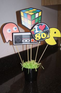 theme party decorations Excited to share this item from my shop: sticks for centerpieces/Pacman sticks/Gamer themed party/Pacman birthday party/video game decoration/Pacman Arcade 80s Birthday Parties, Birthday Party Decorations, 90s Theme Party Decorations, Birthday Banners, Theme Parties, Birthday Crafts, 90th Birthday, Retro Party, Video Game Party