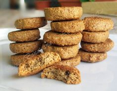 almond cookies (instructions in Romanian) Cooking Recipes, Healthy Recipes, Healthy Food, Almond Cookies, Food Cakes, Christmas Baking, Cake Cookies, Vegan Gluten Free, Cake Recipes