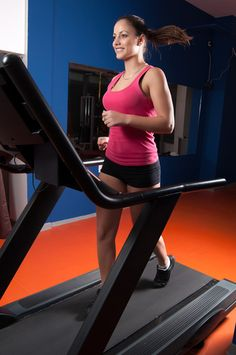 Ya Gotta Tabata on the Treadmill - indoor runners, this is a workout for you. 30 minutes to rev up your metabolism w/ a #treadmill run