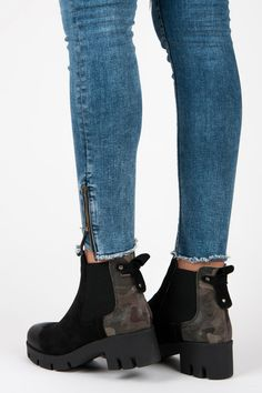 Moro blades  Extremely trendy women's boots this season, which will provide every woman comfort with a protective sole and a small heel that will emphasize your femininity while providing comfort for your feet throughout the day. https://www.cosmopolitus.com/pErka-moro-11595bgr-p-253029.html?language=en&pID=253029 #shoes #moro #slippers #fashionable #cheap #comfortable #heel