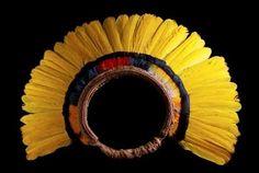 arte indigena brasileira - cocar