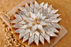 Kaju Katli ( dessert indien )