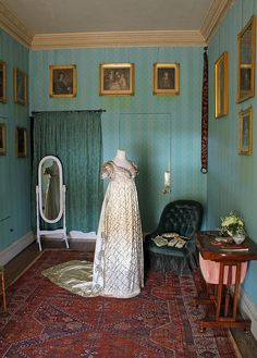 A lovely empire-line dress in the Dressing Room from Saltram House in Devon. The house featured as Norland Park in the 1995 Sense and Sensibility! #LitDetectives