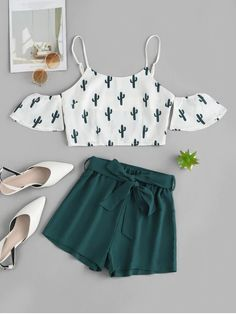ZAFUL Cold Shoulder Cactus Print Top And Shorts Set WHITE A site with wide selection of trendy fashion style women's clothing, especially swimwear in all kinds which costs at an affordable price. Cute Lazy Outfits, Teenage Outfits, Pretty Outfits, Stylish Outfits, Cute Outfits For Summer, Shop This Look Outfits, Cute Summer Tops, Batman Outfits, Formal Outfits