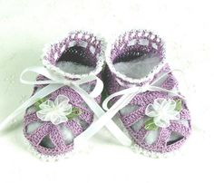 Beautiful booties ideal for a baby shower
