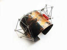 Cuff   Project Mosko Designs. Oxidized copper, steel wire and fused glass bead