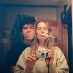 Cute Relationship Goals, Cute Relationships, Cute Couples Goals, Couple Goals, Pochette Album, The Love Club, Teen Romance, Photo Couple, Couple Aesthetic