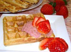 Zabpelyhes-kokuszos gofri recept: Kedvenc reggelink borús téli napokra ... Egy igazi reform gofri recept! http://aprosef.hu/zabpelyhes_kokuszos_gofri