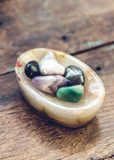 how to use gemstone to increase intuition