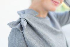 Love the shoulder bow! I Love Fashion, Fashion Details, Autumn Fashion, Sweat Shirt, Diy Clothes, Clothes For Women, What Should I Wear, Cute Sweatshirts, Refashion