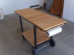 """TVWBB member Rich Dahl made a wonderful grill cart from an old Weber gas grill frame. """"I was looking around for some type of movable service cart for my cooking area and just didn't find what I wanted, or the price was way out of line,"""" says Rich. """"I was on Craigslistone day and ran … Continue reading Reusing A Weber Frame As A Grill Cart →"""