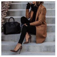 20 ideas de trajes elegantes de moda que caen - Kleidung für Teenager - Zapatos Fall Outfits For Work, Fall Winter Outfits, Winter Ootd, Classy Outfits For Women, Winter Heels, Winter Style, Winter Office Outfit, Woman Outfits, Work Outfits Women Winter Office Style