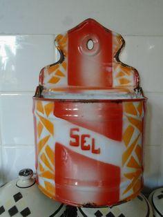 French Enamel Salt Box~Art Deco~SEL~Shabby Chic,Kitchen pot,storage,utensils.