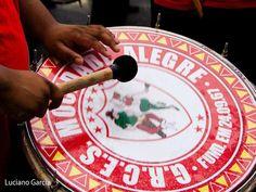 A atual campeã do Carnaval de São Paulo, Mocidade Alegre, já começou os preparativos para o desfile de 2014. Os ensaios acontecem todos os domingos, a partir das 17h. A entrada custa R$ 10. Confira o samba enredo de 2014: