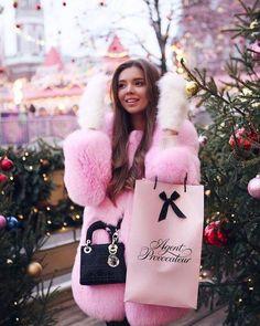 Pink Faux Fur Coat, Fox Fur Coat, Fur Coats, Valentino, Fur Clothing, Dior Fashion, Coral, Cute Jackets, Lady Dior