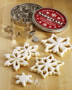 I am a sucker for snowflakes- this cookie cutter set is from William Sanoma... priced at 12.50- I have to have it!