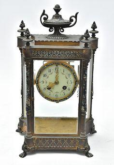 b5ea13d780f Fabuloso e raro relógio de mesa francês do Séc. XIX