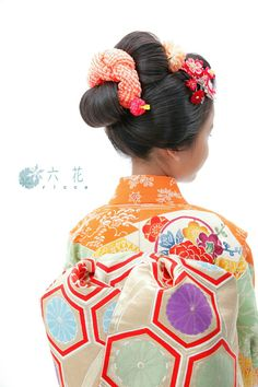 Shichigosan/ boy 5 years old/ girl 3 and 7 years old( November 15) Japan/ festival 七五三 新日本髪 七歳女の子 レンタル着物・着付け・ヘアメイク・写真撮影など Cute Baby Girl, Cute Babies, Modern Kimono, Wedding Kimono, Hair Setting, Japanese Hairstyle, Rite Of Passage, Japanese Outfits, Japanese Kimono