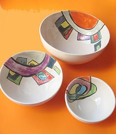 Cuencos en arcilla blanca Pottery Mugs, Pottery Bowls, Ceramic Pottery, Pottery Art, Ceramic Decor, Ceramic Plates, Ceramic Art, Pottery Painting, Ceramic Painting