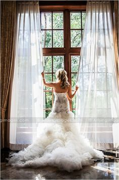 Stunning bridal portrait, gorgeous wedding dress, wedding photography at The Royal Park Hotel in Rochester, MI