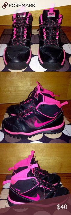 NIKE H20 Repel Blk Pink HI-TOP SNEAKERS EUC Sz 8 NIKE H20 Repel Black Hot Pink HI-TOP SNEAKERS EUC US Women's Sz 8 / Men's 6.5 Nike Shoes Athletic Shoes