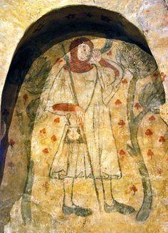Fresque représentant un pèlerin, début du XIVe siècle - Prieuré de Villeneuve d'Aveyron