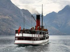 The Lady of the Lake, be close to the heart of everything if you stay somewhere only 2 minutes to Town, Luxury Apartment in Queenstown & Lakes, New Zealand   Amazing Accom #amazingaccom #holidayhomes