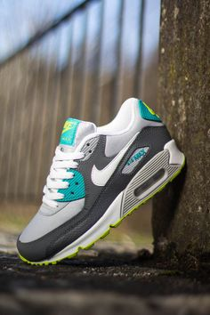 Nike air max 90 gs turbo green venom green nike free runs об Nike Shoes Cheap, Nike Free Shoes, Nike Shoes Outlet, Running Shoes Nike, Cheap Nike, Shoe Outlet, Nike Outfits, Sneaker Diy, Nike Dama