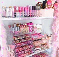Cameo Carry All Beauty Case Pro Make Up Set - Premium Collection - Cute Makeup Guide Makeup Vanities, Cute Makeup, Beauty Makeup, Makeup Tips, Glam Makeup, Makeup Geek, Makeup Videos, Rangement Makeup, Make Up Storage