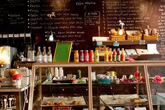 http://yumiko-froehlich.hazeliris.com/2012/01/24/cafe-a-stockholm/