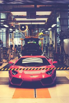 Best Sports Cars   :   Illustration   Description   lambo-production
