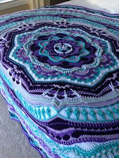 Mandala Madness pattern by Helen Shrimpton This is my official page for the Mandala Madness CAL which will start on Thursday March Crochet Mandala Pattern, Doily Patterns, Afghan Crochet Patterns, Crochet Squares, Crochet Afghans, Crochet Yarn, Easy Crochet, Crochet Stitches, Free Crochet