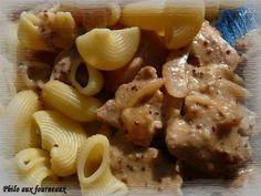 Filet mignon à la crème & au sirop d'érable #recette #souper #porc Canadian Food, Canadian Recipes, Filets, Quebec, Creme, Cooking, French, Mustard, Onion